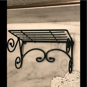 Vintages Homco green wire shelf